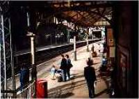 View looking west at Port Glasgow station.<br><br>[Ewan Crawford&nbsp;//]