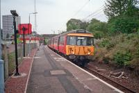 Looking east at Branchton station with a class 303.<br><br>[Ewan Crawford&nbsp;//]