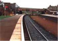 Looking south at Larbert station.<br><br>[Ewan Crawford&nbsp;//]