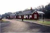 Looking east at Strathpeffer station from the car-park<br><br>[Ewan Crawford&nbsp;//]