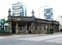 Frontage of North Leith station in June 2002. [See image 1069]<br><br>[John Furnevel&nbsp;23/06/2002]