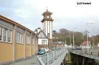 Looking from the pier at the station. The curved walkway between station and pier is to the left. To the right is the slipway for the Caledonian MacBrayne roll-on roll-off ferries which run from here to Rothesay.<br><br>[Ewan Crawford&nbsp;4/6/2004]