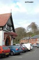 The entry to the station from the carpark and town. There are often taxis waiting here.<br><br>[Ewan Crawford&nbsp;4/6/2004]