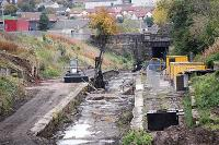 View looking south over Larkhall Central. Machine taking core sections?<br><br>[Ewan Crawford&nbsp;17/10/2004]