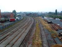 Looking south at Hereford station. Barrs Court Sidings are on the right.<br><br>[Ewan Crawford&nbsp;06/07/2006]