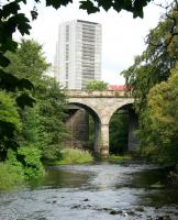 Looking west along the Kelvin in August 2006 at the adjacent Glasgow Central Railway (nearest) and Lanarkshire and Dumbartonshire Railway viaducts.<br><br>[John Furnevel&nbsp;02/08/2006]