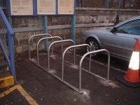 New cycle hoops at Uphall.<br><br>[First ScotRail&nbsp;//2006]