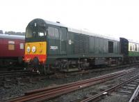 D8020 in the yards at Boness on 6 September 2006.<br><br>[John Furnevel&nbsp;06/09/2006]
