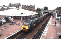 The GNER 07.55 Inverness - London Kings Cross <I>Highland Chieftain</I> HST service pulls away from its Falkirk Grahamston stop on 21 September 2006. This train is scheduled to arrive at Kings Cross at 15.59.<br><br>[John Furnevel&nbsp;21/09/2006]