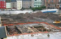 Waverley Valley development 1 October 2006. The dig taking place below the now demolished New Street bus depot, with grandstand views from the tenements in the Canongate across to the ECML.<br><br>[John Furnevel&nbsp;/10/2006]