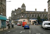 Approaching Leith Central from the west along Great Junction Street in September 2006.<br><br>[John Furnevel&nbsp;14/09/2006]