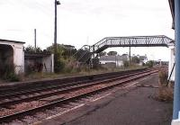 2006 view of platforms and dangerous footbridge.<br><br>[Brian Forbes&nbsp;/08/2006]