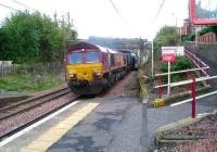 66115 about to pass through Johnstone heading for Hunterston with empty coal hoppers<br><br>[Graham Morgan&nbsp;03/10/2006]