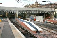Newly extended east end platform at Waverley on 8 October 2006. The extension serves platform 3, which will normally be used by Borders line trains, with the North Berwick platform 4 straight ahead.<br><br>[John Furnevel&nbsp;08/10/2006]