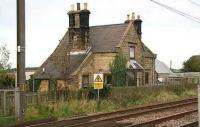 The former Goswick station alongside the ECML in Northumberland, photographed in 2006.<br><br>[John Furnevel&nbsp;24/10/2006]