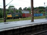 Freightliner waits for the off at Edge Hill on the stump of the Crown Street approach.<br><br>[Ewan Crawford&nbsp;//]
