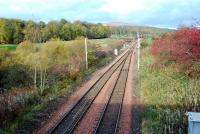 The track 'doubles' at the southern end of the Balloch line. View looks north from by Dalreoch Junction.<br><br>[Ewan Crawford&nbsp;04/11/2006]