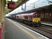 66222 passing through Paisley Gilmour Street with coal empties for Hunterston<br><br>[Graham Morgan&nbsp;07/11/2006]