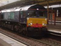 66401 passing through Paisley Gilmour Street with the daily Elderslie to Grangemouth freight service<br><br>[Graham Morgan&nbsp;07/11/2006]