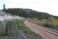 Looking east at the former Causewayhead station. Wallace Monument peeks down at the railway works.<br><br>[Ewan Crawford&nbsp;12/11/2006]