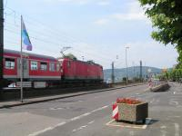 <i>Excuse me, Sprinters did you say? Never heard of them...</i> Loco haulage reigns supreme on German passenger trains, even on local trains such as this one seen approaching Rudesheim. View looks north.<br><br>[Paul D Kerr&nbsp;19/07/2006]