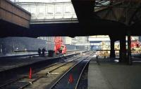 Looking along platforms 6 and 7 in Aberdeen as new construction work begins at the north end in late September 1973.<br><br>[John McIntyre&nbsp;/09/1973]
