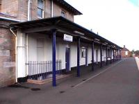 The 1847 shelter at Ladybank on the north (down) platform.<br><br>[Brian Forbes&nbsp;//2006]