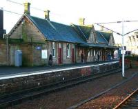 The main station building at Lanark in January 2007. The building dates from 1855.<br><br>[John Furnevel&nbsp;05/01/2007]