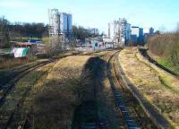 Cameron Bridge in February 2007 looking west towards Thornton Junction. View showing the platform remains with the modernised distillery dominating the background.<br><br>[John Furnevel&nbsp;11/02/2007]