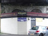 Confectioner and newsagent under Bridge 12, Cumberland Street, Glasgow. Not the orginal building... I wonder what the 2 arches where used for?<br><br>[Colin Harkins&nbsp;10/02/2007]