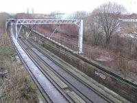 Does anyone know why the trackbed is concrete? Lower line is the Glasgow Central Railway with the redundant Switchback Line rising to Dalmarnock on the right.<br><br>[Colin Harkins&nbsp;10/02/2007]