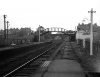 Kittybrewster station and south sb from the down platform looking towards Aberdeen in November 1972.<br><br>[John McIntyre&nbsp;/11/1972]
