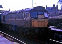 D5350 stands in one of the bays at the north end of Dumfries in May 1968.<br><br>[John McIntyre&nbsp;/05/1968]