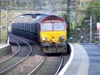 66212 at Johnstone en route for Hunterston with coal empties.<br><br>[Graham Morgan&nbsp;17/02/2007]