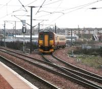 Taking the scenic route - a Waverley bound service turns south at Slateford Junction on 31 March to join the <I>sub</I> at Craiglockhart Junction and take the long way round to Waverley due to engineering work at the west end.<br><br>[John Furnevel&nbsp;31/03/2007]