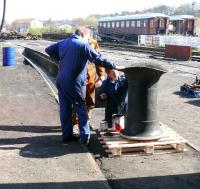Volunteers paint the stack of No 419 after welding.<br><br>[Brian Forbes&nbsp;07/04/2007]