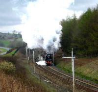 6233 <i>Duchess of Sutherland</i> restarting from the Grayrigg down loop with <I>The Great Britain</I> on 9 April.<br><br>[John McIntyre&nbsp;9/04/2007]