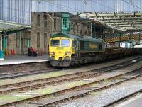 A PW train trundles south through Carlisle station on 18 April 2007.<br><br>[John Furnevel&nbsp;18/04/2007]