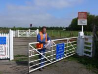 Annsmuir level crossing. Maintainance worker in fine form.<br><br>[Brian Forbes&nbsp;01/05/2007]
