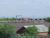 66080 approaches Elderslie East Junction with an empty coal train heading for Hunterston<br><br>[Graham Morgan&nbsp;04/05/2007]