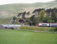 A northbound Pendolino about to cross Crawford Viaduct on 22 May 2007.<br><br>[John Furnevel&nbsp;22/05/2007]