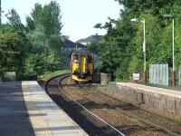 156504 approaching Pollokshaws West with an express service for Glasgow Central<br><br>[Graham Morgan&nbsp;28/05/2007]