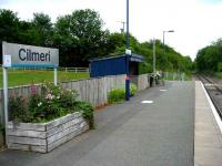 Looking NE along the platform at Cilmeri station in May 2007.<br><br>[John McIntyre&nbsp;/05/2007]