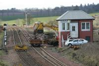 Placing a trolley on the track at Inverkeilor.<br><br>[Duncan Ross&nbsp;02/03/2007]