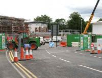 Access for traffic to Alloa Station from the new roundabout on 29 June. Some road marking and signposting has been carried out while work on the station building is ongoing in the background.  <br><br>[John Furnevel&nbsp;/06/2007]