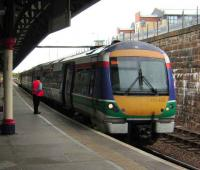 Dundee - Dyce train in old livery prepares to leave Dundee on 23 May. <br><br>[David Panton&nbsp;23/05/2007]
