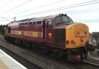 37410 passing Newcraighall en route to Millerhill on 9 April.<br><br>[David Panton&nbsp;09/04/2007]