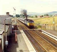 After a very long signal check just shy of Kirkconnel the driver of this 47 belts off heading south.<br><br>[Ewan Crawford&nbsp;//1989]