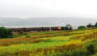 Class 40 heading towards Cardross with a tour to Fort William.<br><br>[Ewan Crawford&nbsp;25/08/2007]