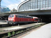 A diesel locomotive hauled train waits departure from Hamburg Hbf.<br><br>[Michael Gibb&nbsp;06/09/2007]